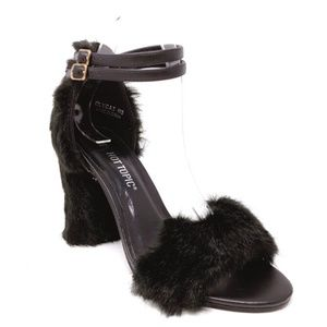 Hot Topic Women's Black Oly Cat Heels size 8